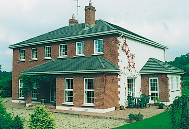 BALLYCLOONE HOUSE