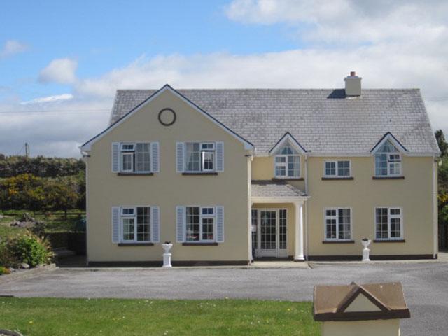 O'GRADYS TOWNHOUSE