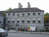 Search for B&B accommodation near The Hunt Museum Limerick