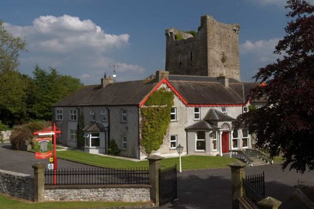 September B&B guest reviews - Castle Country House, Tipperary