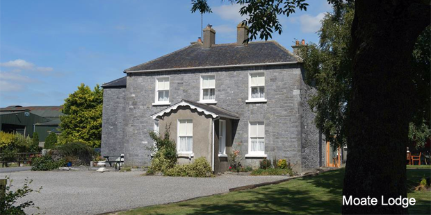 Moate Lodge Bed and Breakfast